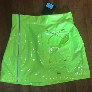 LF Vinyl Side Zip Neon Toggle Skirt